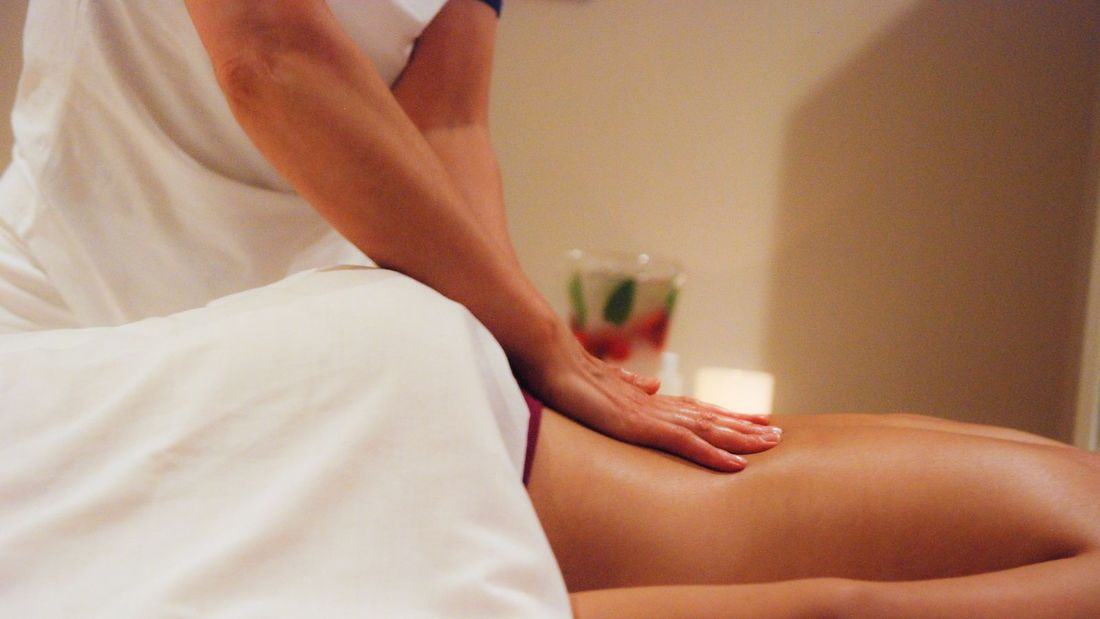 Onsite Massage Therapist Montreal Hotel Ruby Foo's